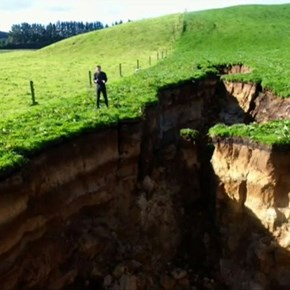 Sinkhole reveals glimpse into volcano